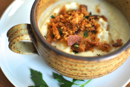 Urban Cholita: Cauliflower Soup