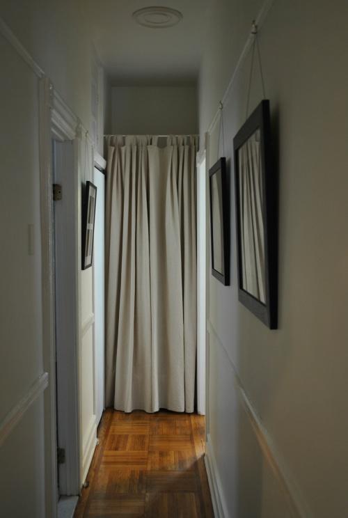 Urban Cholita: Hallway